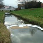 Onesnažen potok pri Šentjurju