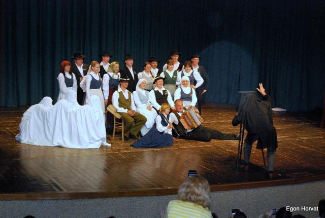 Folklorna skupina Mestinje