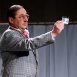 Na šmarski oder se vrača Zvone Nagode s komedijo Kaj je videl butler – podarjamo vstopnice!