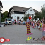 V Vasi Lipa v Podčetrtku Natalija Kolšek poskrbela za žur mladih in starih (foto in video)