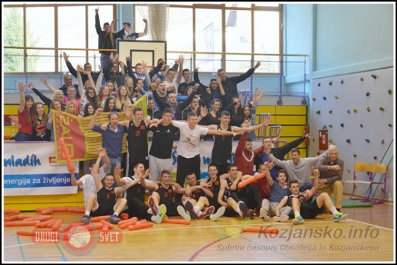 Državni prvaki so zasluženo postali košarkarji SUAŠ Ljubljana.