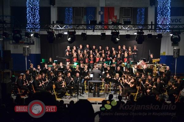 bozicni_koncert_pihalnega_orkestra_sentjur_2015_1