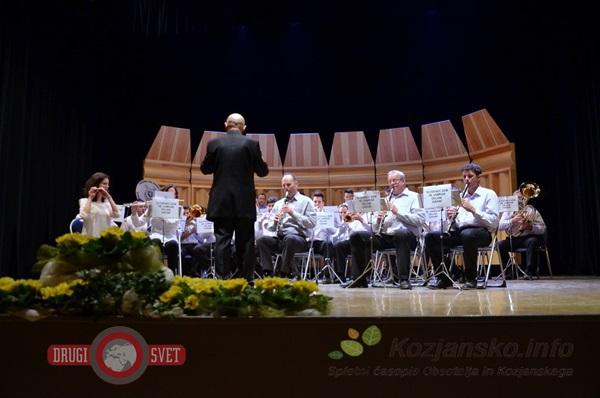 koncert_godba_na_pihala_steklarna_rogaska_1