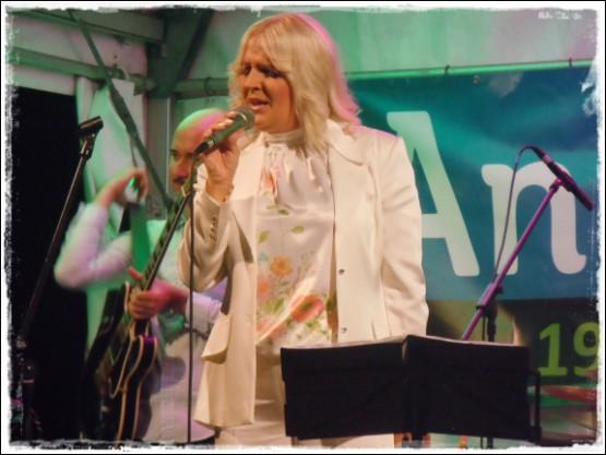 Alenka Godec v Rog. Slatini zaključila Anin festival.