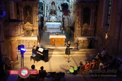 harmonija-flavta-klavir4