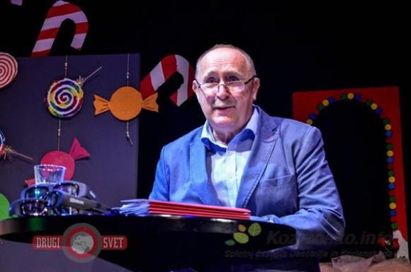 Direktor knjižnice Jože Čakš je napovedal pester in bogat program, ki nagovarja številne posameznike in skupine različnih starostnih obdobij.