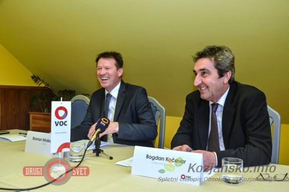 S prihajajočo zimsko sezono sta novinarje podrobneje seznanila direktor družbe VOC Celje Roman Moškotevc (levo) in  vodja vzdrževanja  Bogdan Kočevar (desno).