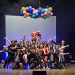 Slatinski srednješolci navdušili z muzikalom Briljantina (foto, video)