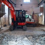 Obnova župnijske cerkve v Šmarju: stroji brnijo, farani zavihali rokave (foto, video)