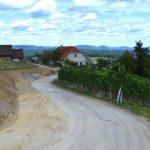 V Vrenski Gorci obnova 2,3 km ceste