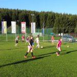 V Obsotelju brsti dekliški nogomet