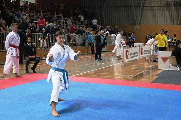 karate_drzavno_prvenstvo_podcetrtek_2017_borba