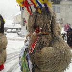 Kurenti odganjali zimo tudi na občini Šmarje pri Jelšah (foto)
