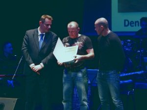Športnik leta 2017 je postal Denis Drapić; nagrado je zanj prevzel njegov oče.