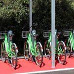 Kmalu z izposojenim kolesom na vožnjo med Podčetrtkom in Rogaško Slatino