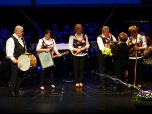 Nada Pungaršek je na odru doživela posebno presenečenje, saj jo je do solz ganila Joškova banda.