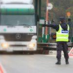 Težka tovorna vozila zaradi uvedenih izjem ponovno na naših regionalnih cestah