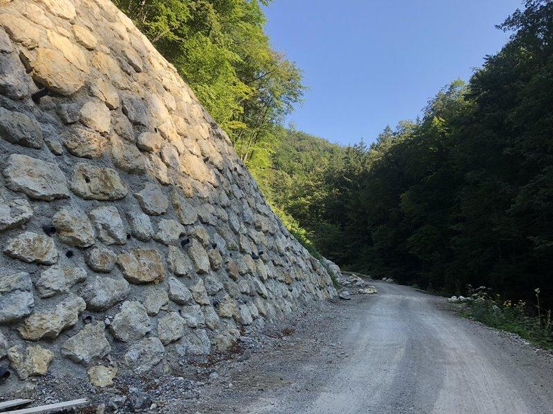 zahtevna-gradnja-ceste-planina-sevnica