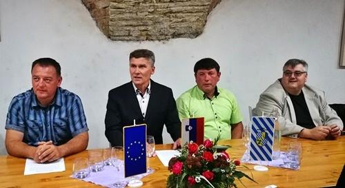 Aktualni občinski svetniki, poleg omenjenih še Jože Tratenšek, šmarsko občino poznajo tudi skozi proračun