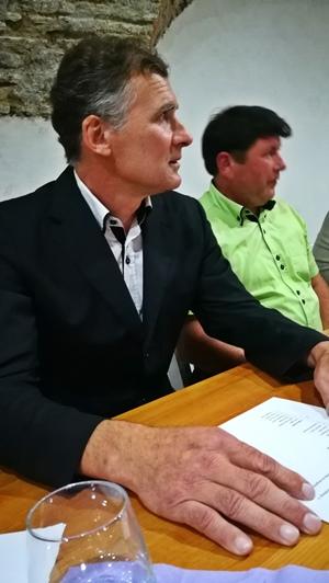 Janko Šket je med drugim tudi predsednik Nadzornnega sveta OKP Rogaška, opravlja pa tudi delo sodnika porotnika na okrožnem sodišču v Celju