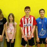Z občinskega prvenstva v badmintonu