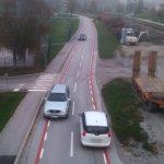 Zmeda glede vrisane kolesarske poti skozi Šmarje: spreminja se nič, le kolesarji naj bi bili bolj varni
