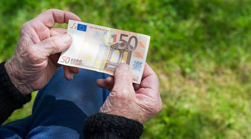 Cene storitev javnih zavodov v občinah KiO: povišanje v večini vrtcev in domov za starejše