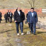 Župan Misja po pregradi bodočega Vonarskega jezera popeljal ministra za okolje in gospodarstvo