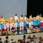 V Šmarju prepevalo 114 mini maturantov