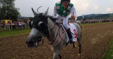 konjske_dirke_imeno_naslovna
