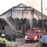 Vzrok požara v Šmarju samovžig v prostoru, kjer so bile skladiščene bale sena