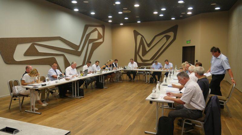 Župani v Podčetrtku odločno proti novi formuli za izračun povprečnin občin