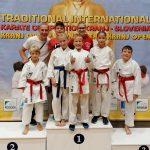 Ne le medalje na mednarodnem karate turnirju, karateistka najhitrejša tudi na Rokovem teku