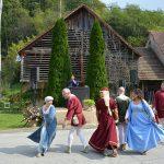 Srednjeveški dan v Lembergu 2019: vrnili so se v čase vitezov, dvornih dam, trških obrtnikov …(foto, video)