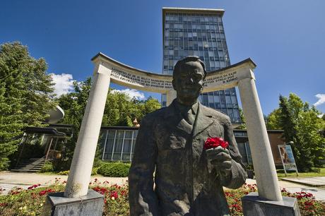 Boris Kidrič še vedno vztraja pred slatinsko Terapijo (vir foto: www.rogaska-slatina.si)