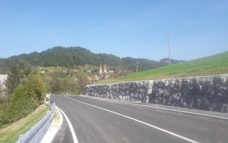 prenovljena-cesta-sladka-gora