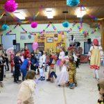 Poki balonov in otroška predstava pospremili pust 2020 v Podčetrtku (foto, video)