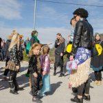 Pust v Kozjem 2020: Pustne maske uživale v sončni soboti (foto, video)