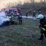 Nov požar pri Šentjurju, v Podsredi zgorelo vozilo (foto), pri Rogaški prevrnjen štirikolesnik