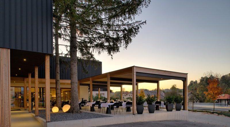 Priljubljena kavarna in picerija Noni v Šmarju  ponovno vabi svoje goste