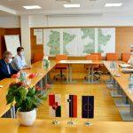 Minister za okolje ob obisku Občine Šentjur o cestah, kolesarskih povezavah, plazovih in novih možnostih črpanja evropskih sredstev