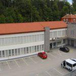 Zaradi vnosa bolezni Covid-19 zaprli slatinski zdravstveni dom