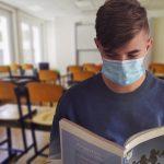 227 okužb, od tega 7 v občinah KiO. Maske za otroke niso več obvezne, obvezna razpršila v večstanovanjskih stavbah