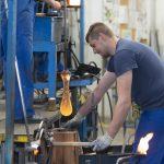 V Steklarni Rogaška na voljo več prostih delovnih mest v proizvodnji