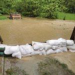 Obilno deževje je pretekli dan po Kozjanskem povzročalo več težav