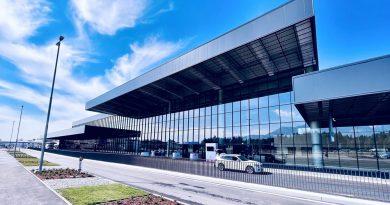Odprt nov potniški terminal na Letališču Jožeta Pučnika, ki ga je zgradilo podjetje GIC Gradnje (foto)