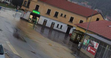 Nad Kozjanskim se je razbesnelo neurje (foto)